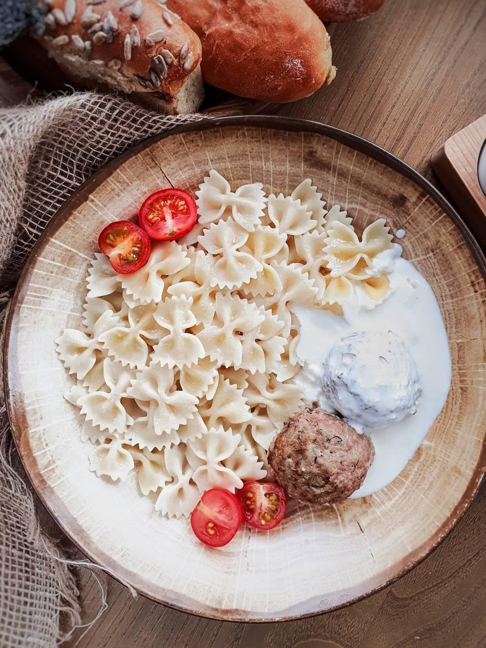 Тефтели мясные с макаронами доставка еды Волгоград кафе Marusya Маруся Дома